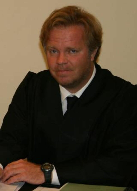 KRITISK: Advokat Jon Wessel-Aas advarer mot konsekvensene av å ta EUs datalagrinsdirektiv inn i norsk lov.