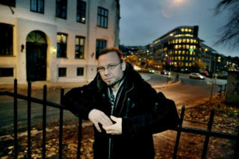 SKREV BOK: Erik Holien har skrevet bok om de to prostituerte som nå har kommet ut av bransjen. Foto: Jacques Hvistendahl/Dagbladet