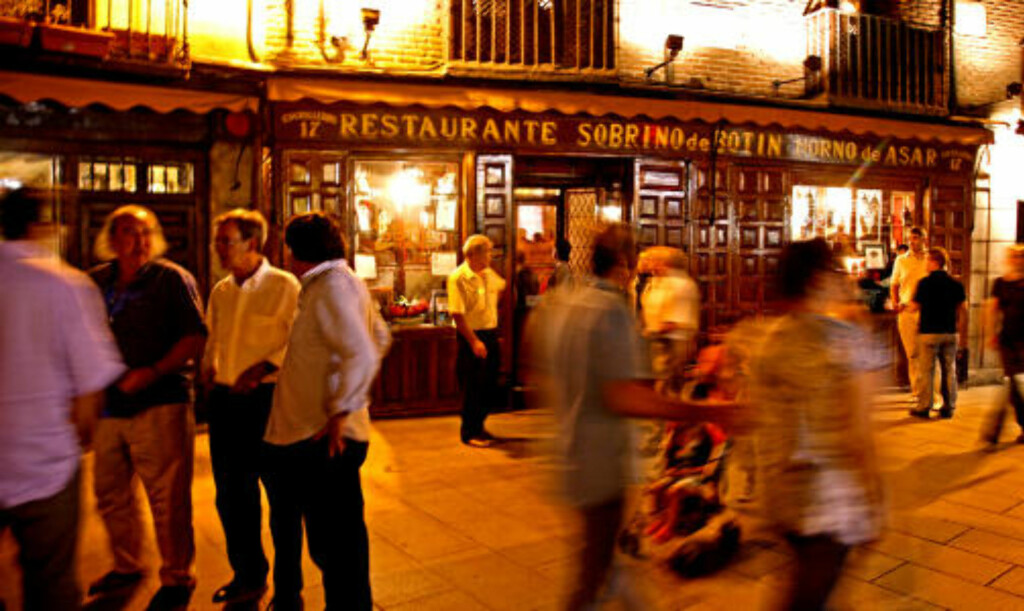 KJENT :Fasaden til verdens eldste restaurant har stått uforandret i nesten 300 år. Foto: Eivind Pedersen