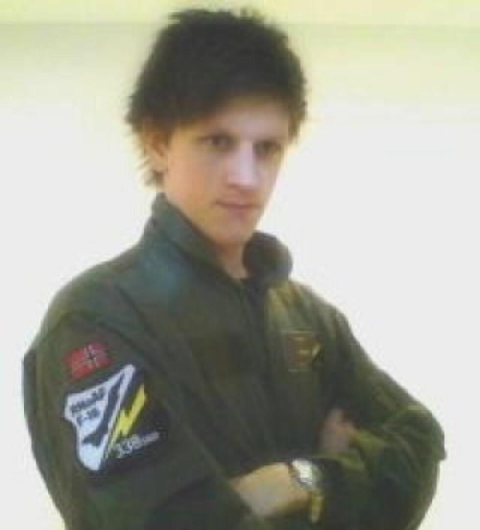 SIKTET: 18 år gamle Erik Forbord er varetektsfengslet og siktet for drapet på venninnen Oda Moe (15).  Foto:  Privat
