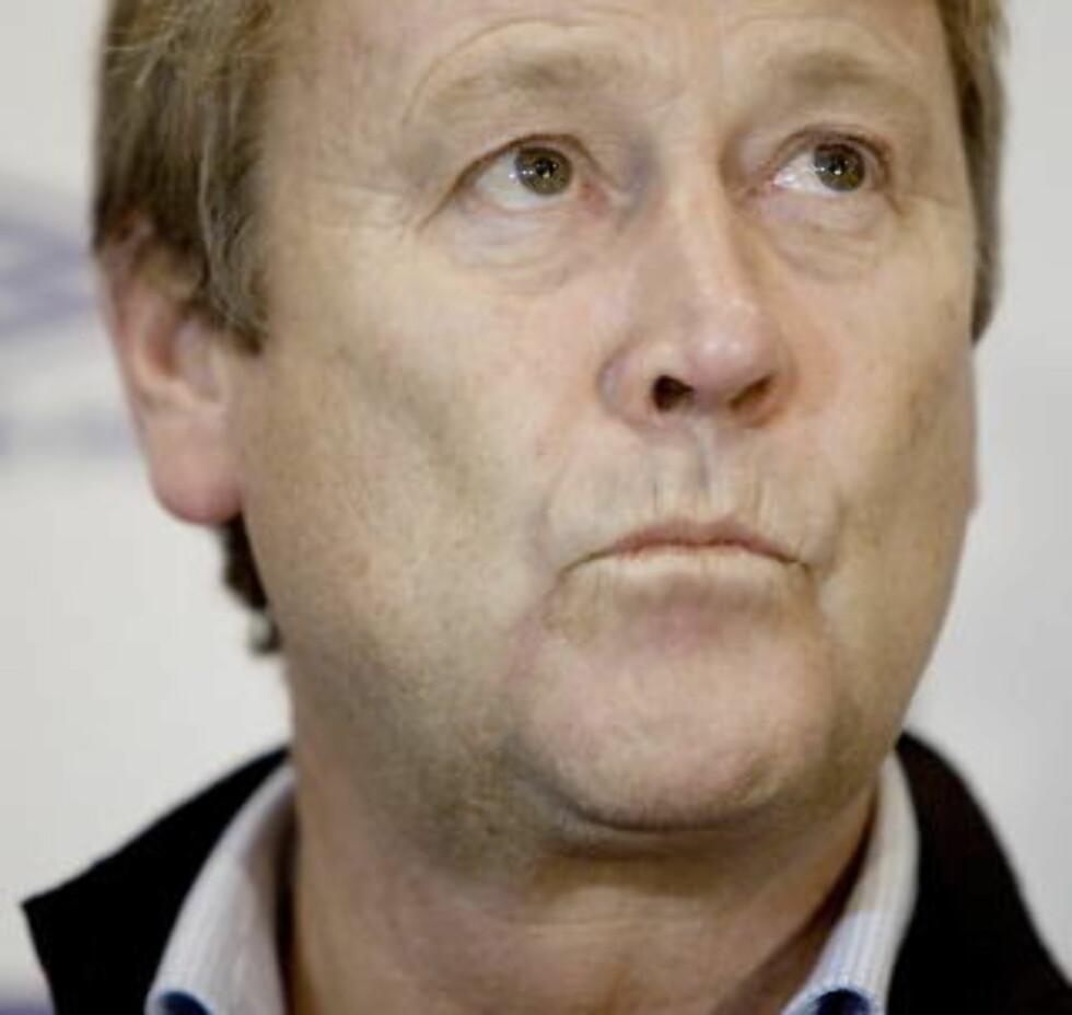 FANSENS FØRSTEVALG: Tidligere landslagssjef Åge Hareide er ønsket av Vikings supportere. Foto: Espen Røst / Dagbladet
