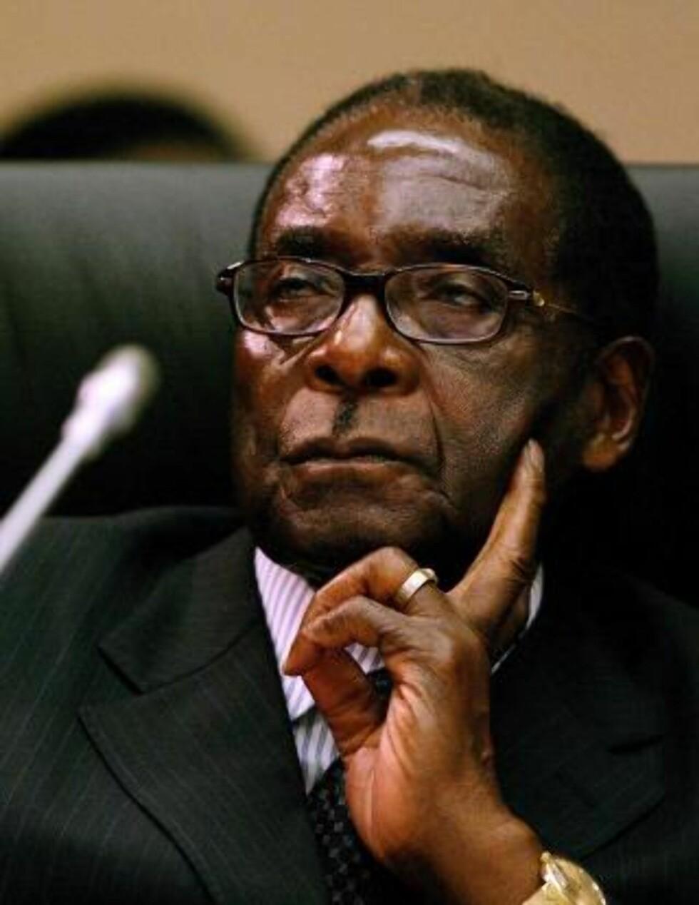 KOMMER TIL KØBENHAVN: Zimbabwes ambassade i Stockholm bekrefter at Mugabe vil reise til COP15. Foto: EPA/JON HRUSA/Scanpix
