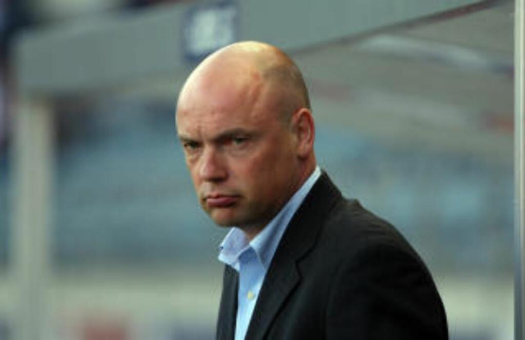 HEDRET: Tidligere Viking-trener Uwe Rösler ble innlemmet i Citys Hall of Fame i går. Foto:  Alf Ove Hansen / SCANPIX .