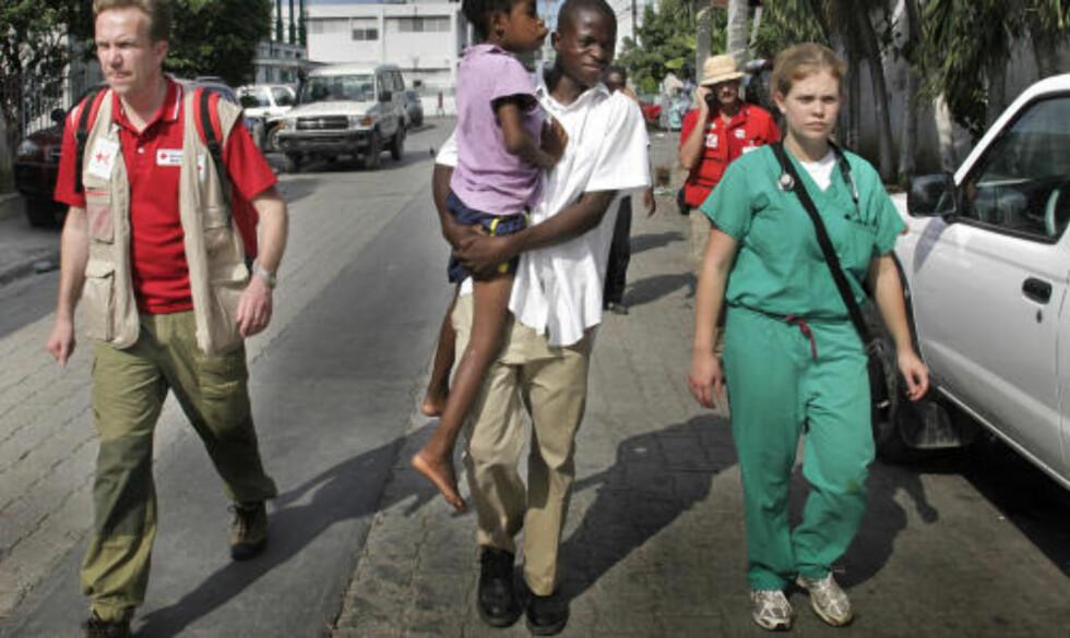 TOK AFFÆRE: Børge Brende greide ikke å bare se på lidelsene til Fabi. Foto: Jacques Hvistendahl/Dagbladet