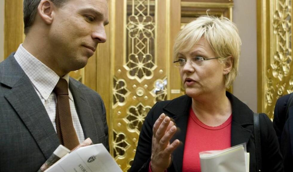 HAR SVIKTET: KrFs finanspolitiske talsmann, Hans Olav Syversen, mener Kristin Halvorsen (SV) og regjeringen svikter når de ikke bruker penger i revidert nasjonalbudsjett til å bekjempe fattigdommen. Foto: SCANPIX