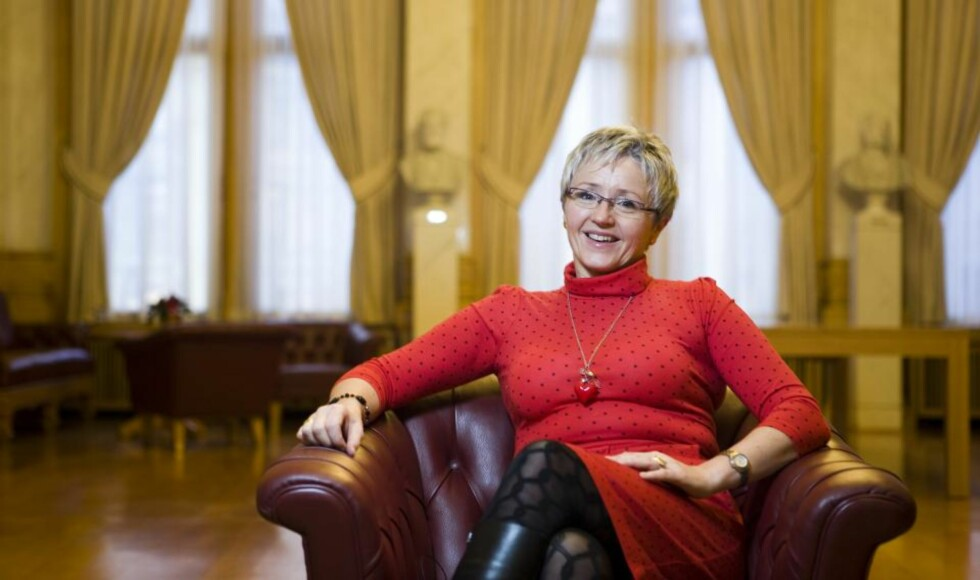 POST OG DITRIKTSPOLITIKK:  Samferdselsministeren vil bruke 518 millioner kroner for at Nordmenn i distriktene skal få like gode posttjenester som de som bor i tettbygde strøk. (Foto: Berit Roald / SCANPIX)