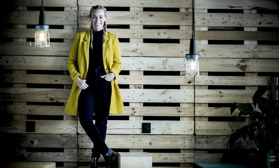 DOBBELKARRIERE: Katarina Flatland er både programleder og medisinstudent. Hun liker sjongleringen mellom de to karriereveiene, som student i storbyen og sammen med bønder rundt om landet i «Jakten på kjærligheten». Foto: Bjørn Langsem / Dagbladet