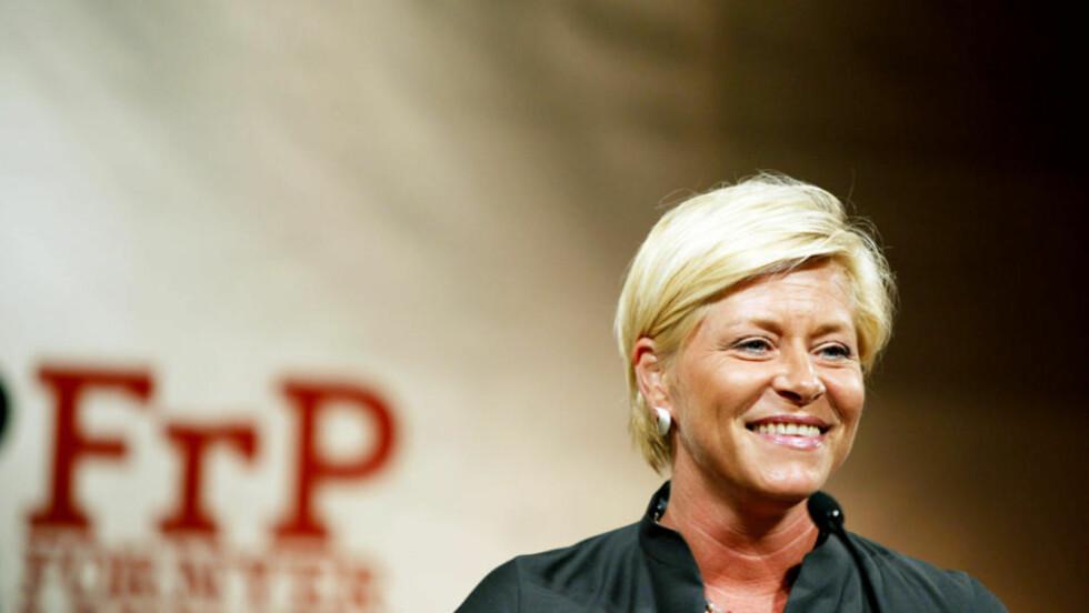 UNDER FALSKT FLAGG?: Siv Jensens snakk om likestilling kan ikke tas på alvor, skriver artikkelforfatteren. Foto: SARA JOHANNESSEN/SCANPIX