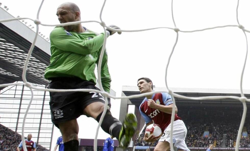 CITY-KLAR: Gareth Barry forlater Aston Villa og skal spille for Manchester City neste sesong. Foto: REUTERS