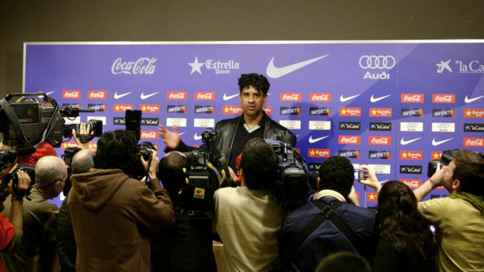 MÅTTE GÅ: Frank Rijkaard sikret både ligagull og Champions League-seier for Barca. I mai i fjor fikk han likevel fyken. Foto: REUTERS/Gustau Nacarino