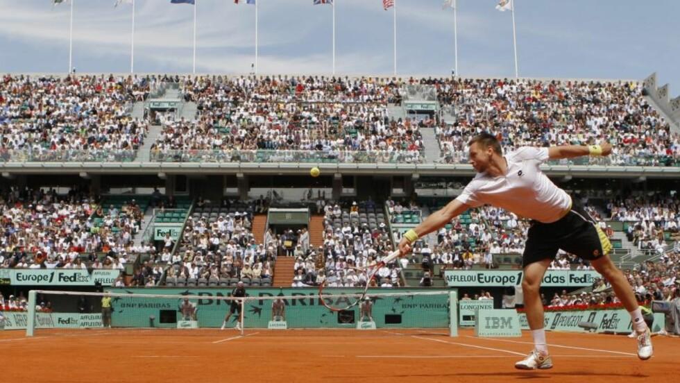 STRAKK SEG TIL FINALEN: Robin Söderling sto for nok en bragd da han i dag spilte seg til French Open-finalen. Foto: AP