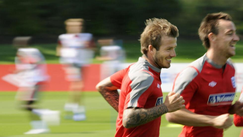 SPURTER MOT VM: David Beckham, John Terry og resten av det engelske landslaget er på god vei mot VM. Foto: AFP