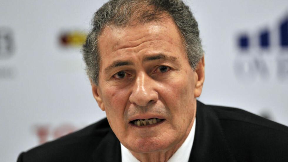 FÅR REGJERE VIDERE: Hassan Moustafa har vært IHF-president i ni år - nå får han fortsette i fire til. Foto: AP