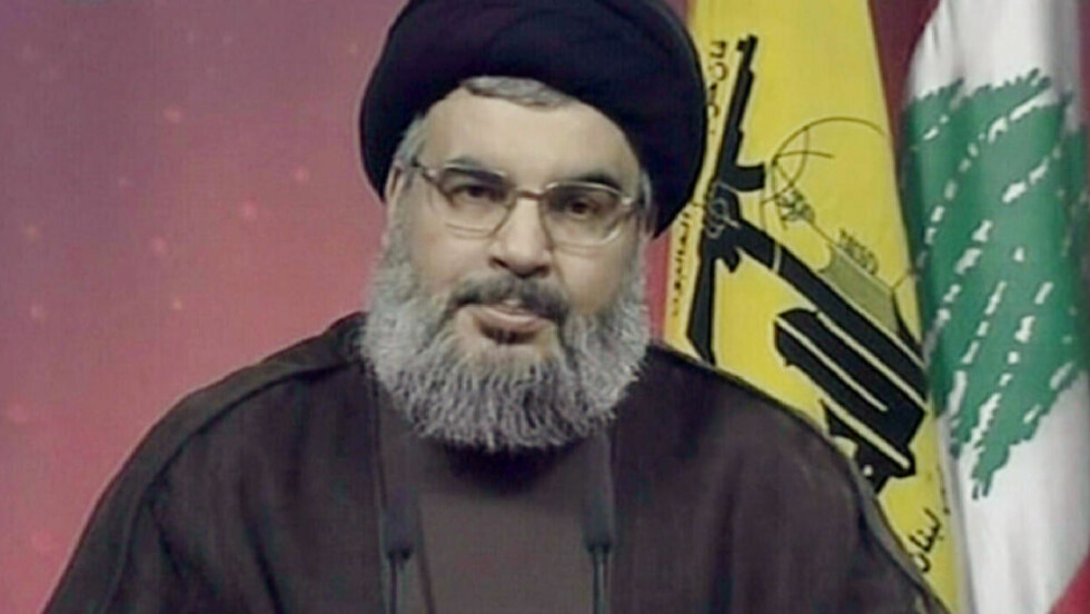 ERKJENNER NEDERLAGET:  Hizbollah-leder Sayyed Hassan Nasrallah fra kveldens opptreden på tv-kanalen OTV, der han gratulerte den vestligorienterte valgalliansen med valgseieren i Libanon. Foto: AFP/SCANPIX.
