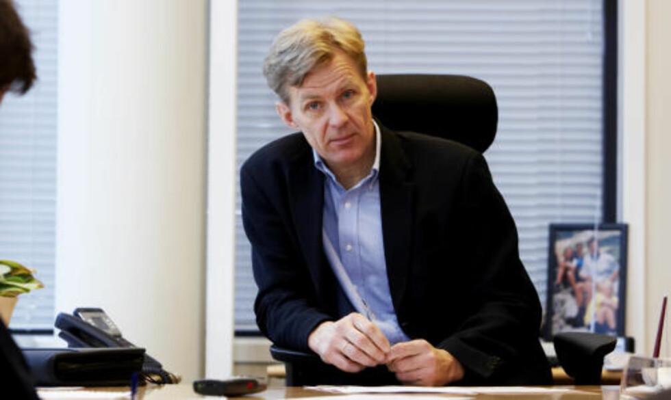 KRITISK: NUPI-direktør Jan Egeland retter i en artikkel i Dagbladet, sammen med NOREF-direktør Mariano Aguirre, sterk kritikk mot USAs bruk av tortur i krigen mot terror. Han får støtte fra blant annet Amnesty i kravet. Foto: Cornelius Poppe / SCANPIX