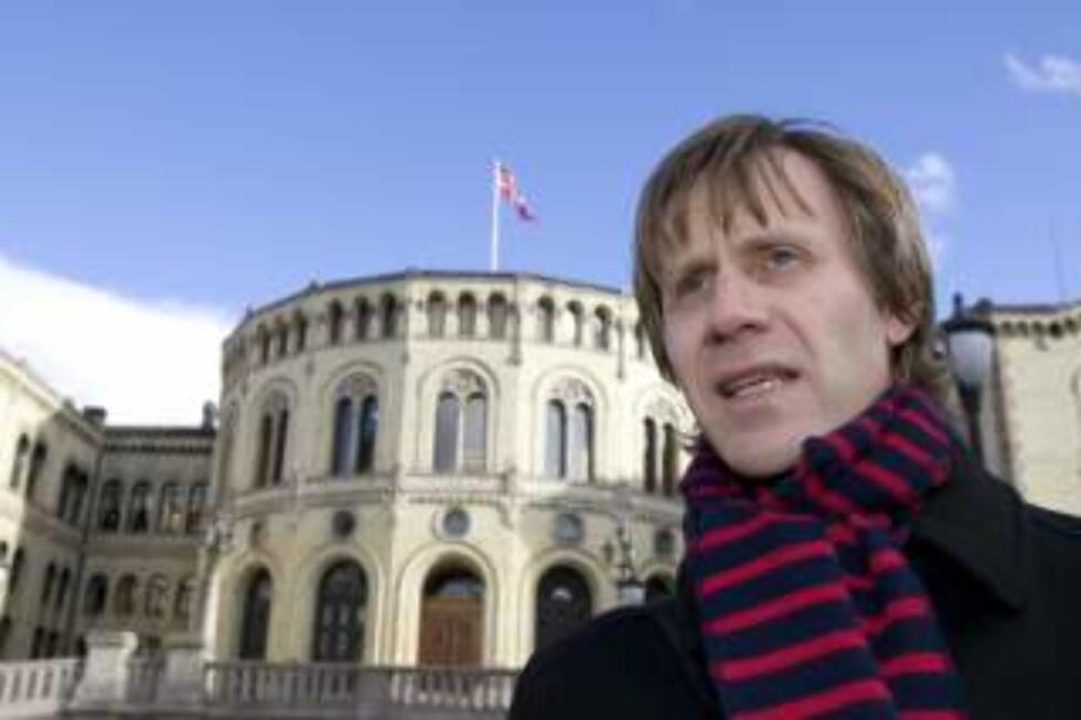 STØTTER TORTURETTERFORSKNING: John Peder Egenæs, generalsekretær i Amnesty. Foto: Bjørn Sigurdsøn / SCANPIX