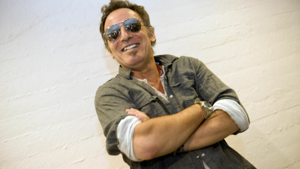 DET ER IKKE ET MYSTERIUM Å LAGE LÅTER: Mener Bruce Springsteen, som bare setter seg ned med gitaren. Alle foto: Tor Erik H. Mathiesen/Dagbladet.