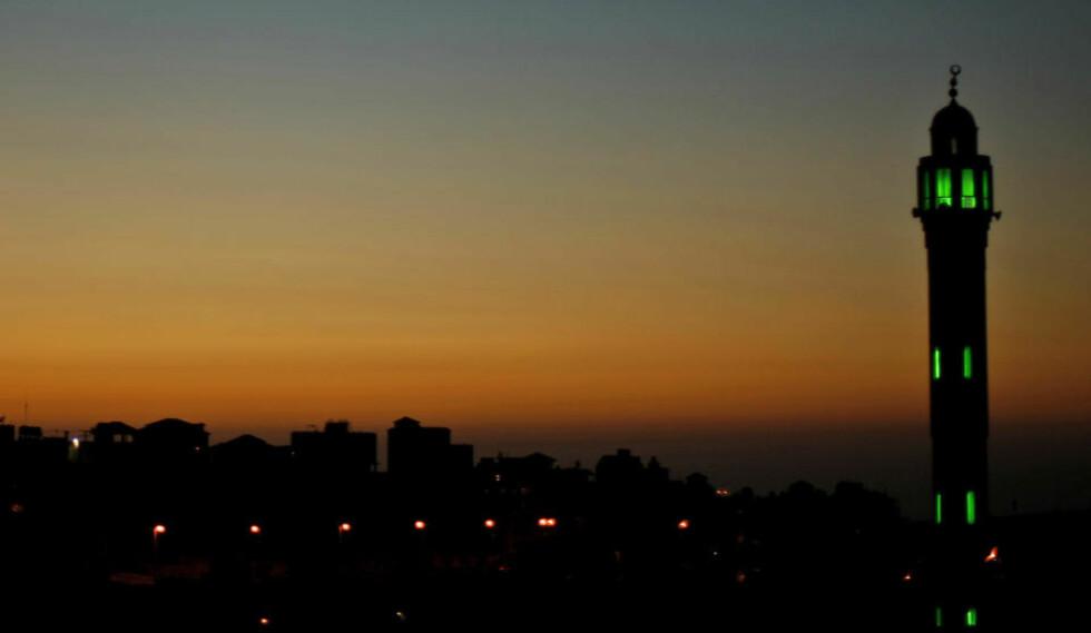 MINARETEN I RAMALLAH: De langt fleste statssamfunn i verden er sekulære i en eller annen forstand av ordet, skriver sosialantropolog Sindre Bangstad i ny bok. Foto: Scanpix