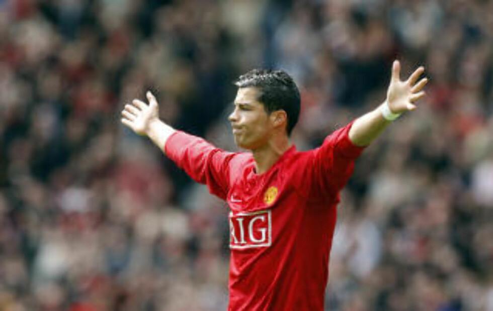 FIKK VILJEN SIN: United skriver at Ronaldo ville til Real da budet kom. Foto: AP/Jon Super