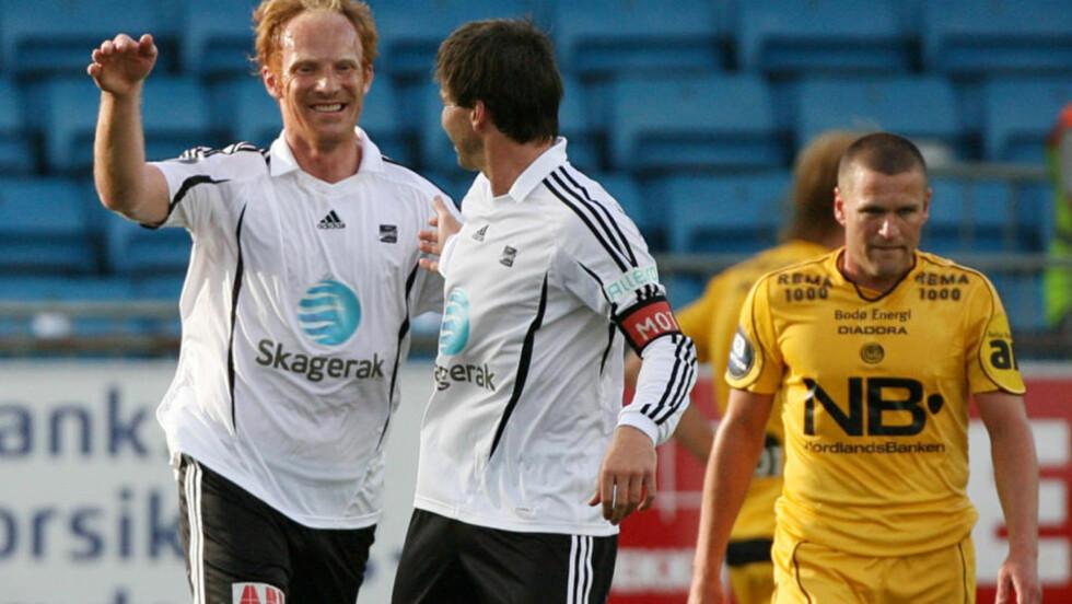 TONEANGIVENDE: Morten Fevang (midten) scoret to mål for Odd Grenland og var en klippe i midtforsvaret. Det fikk Dag-Eilev Fagermo til å ty til store ord.Foto: Trond Reidar Teigen / SCANPIX