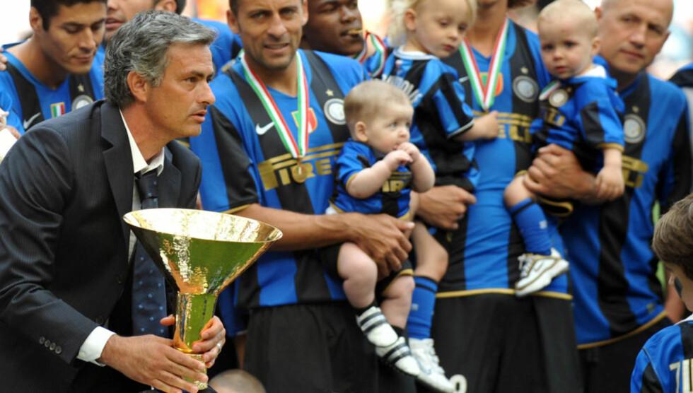 HENTER GAMLE KJENTE: Mourinho har suksess overalt. Nå henter han sannsynligvis Chelsea-duoen Carvalho og Deco for å lykkes i Champions League med Inter.  Foto: AFP/GIUSEPPE CACACE