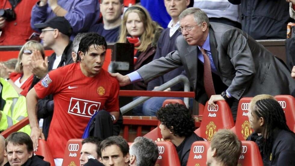 FIKK IKKE TID TIL Å TENKE: Carlos Tevez sa nei til Manchester United da han ikke fikk ordentlig tid til å tenke gjennom tilbudet han ble forelagt.Foto: SCANPIX/EPA/MAGI HAROUN