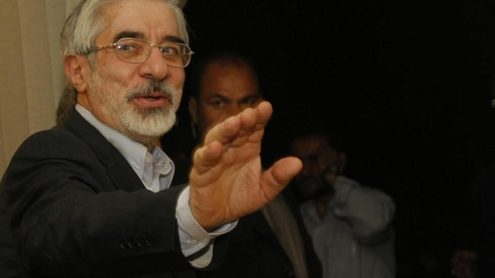 FORBEREDT PÅ Å DØ:   Irans beseirede presidentkandidat Mir Hossein Mousavi. Foto: AFP PHOTO/BEHROUZ MEHRI/SCANPIX