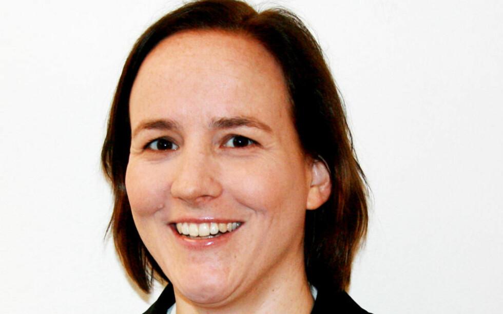 ANGRIPER MONSEN: Statssekretær Lotte Grepp Knutsen tar ikke Filosof og Fritt ord-vinner Nona Karin Monsen seriøst. Fotograf: Yngve Kveine