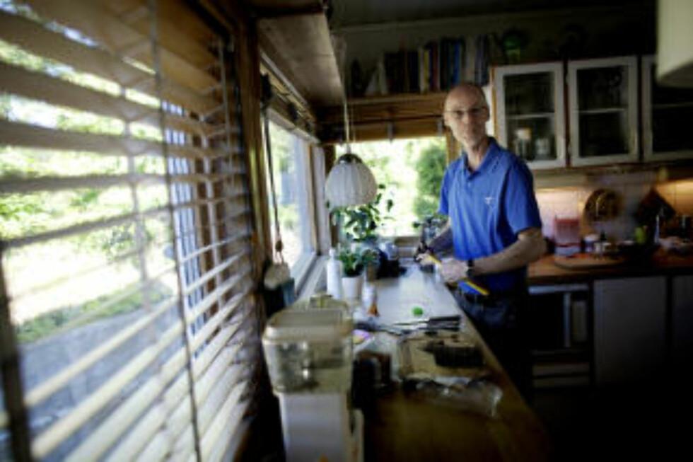 VARSLER: Olsgard har i mer enn 30 år forsøkt å varsle Universitetet i Oslo om forholdene på laboratoriet ved Biologisk Institutt der han har arbeidet som marinbiolog. Foto: Torbjørn Grønning