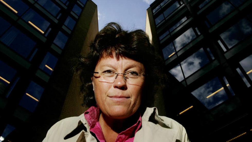 I KRIMELITEN: Anne Holt er i norgestoppen av krimforfattere. Foto: HÅKON MOSVOLD LARSEN/SCANPIX