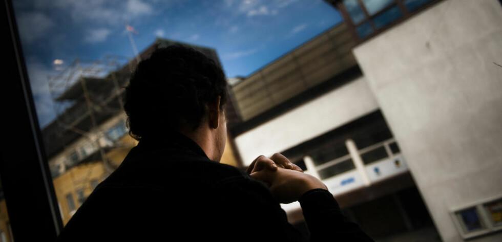 TORTURERT: Sju ungdommer og en mann på 26 år, her omtalt som hovedmannen, sto tiltalt for å ha torturert og mishandlet 16-åringen (bildet) på det groveste over to døgn i desember i fjor. Foto: Håkon Eikesdal