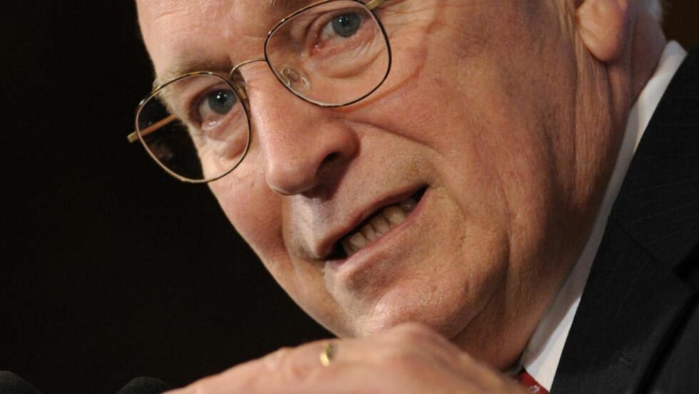 KAN VÆRE I TRØBBEL: Dick Cheney skal ha holdt et overvåkningsprogram vekk fra Kongressen. Foto: AP Photo/Susan Walsh/Scanpix