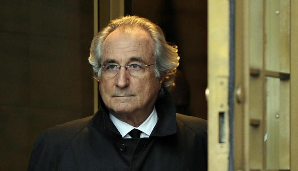 BØRSSVINDLER: Bernard Madoff har fått hjelp til å takle overgangen fra rikmannsliv til fengselsliv. (Foto: Timothy A. Clary/Scanpix/AFP)