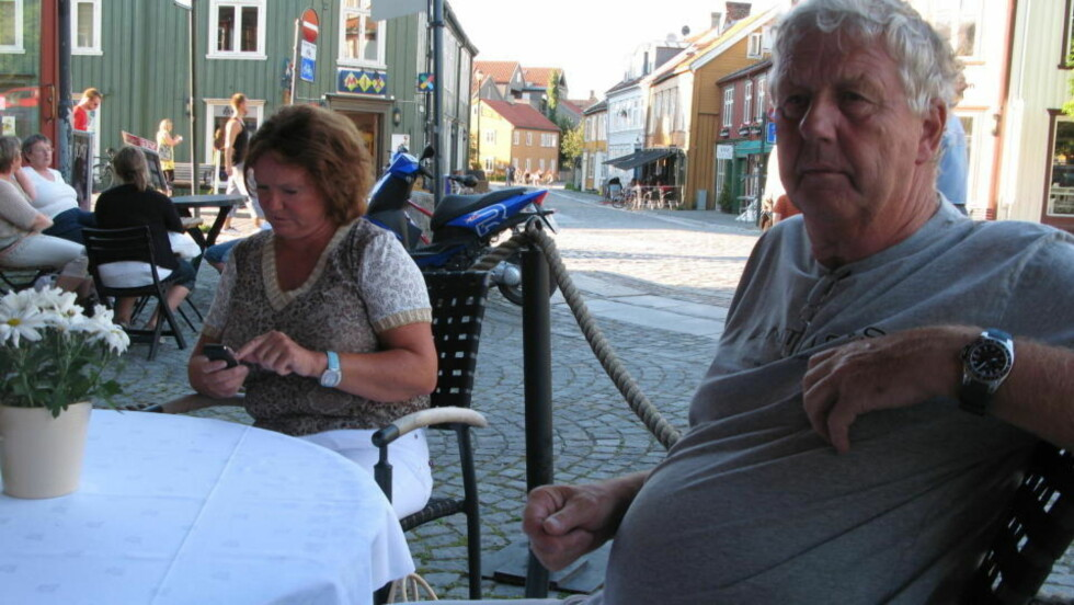 SIKTET: Samboerparet Eva-Karin Haugen (51) og Per Sten Andersen (69). Foto: PRIVAT
