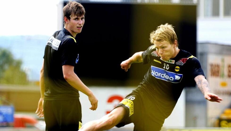FULHAM-KLAR: Bjørn Helge Riise, her midt i en volley på LSK-trening, ble presentert som Fulhams siste spillerkjøp i dag. Foto: Erik Berglund / Dagbladet.
