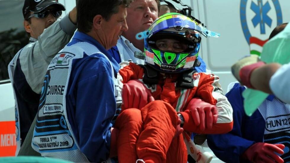 KLARER SEG: Felipe Massa får ingen varige men av skaden han pådro seg i et Formel 1-løp. Foto: AP Photo/MTI,Tamas Kovacs