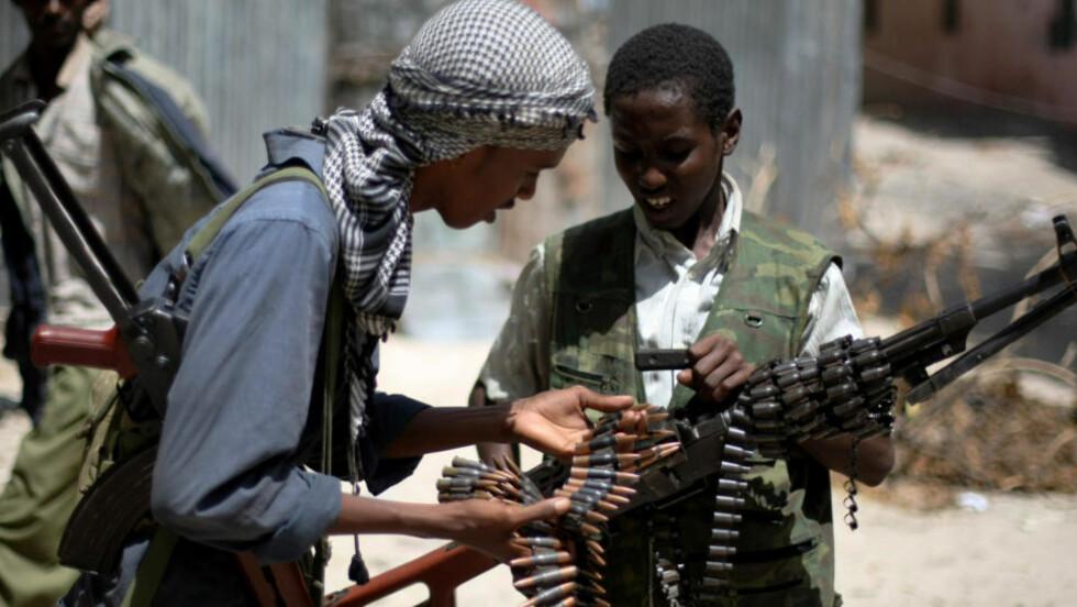 BARNESOLDATER: Også svenske islamister har sluttet seg til al-Shabaab. Foto: AFP PHOTO/Mohamed DAHIR/Scanpix