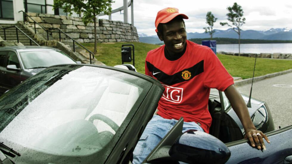 OVERGANGEN SKAL UNDERSØKES: Mame Biram Diouf går til Manchester United over nyttår, men NFF vil forhøre seg med Molde om detaljer i overgangsprosessen. Foto: Erik Hattrem/Dagbladet