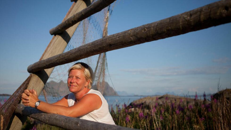VIL BORE: Frp-leder Siv Jensen lover å starte arbeidet med å åpne for petroleumsutvinning i Lofoten og Vesterålen i løpet av de 100 første dagene i regjering, hvis velgerne sender partiet inn i regjering. Foto: Jo Straube