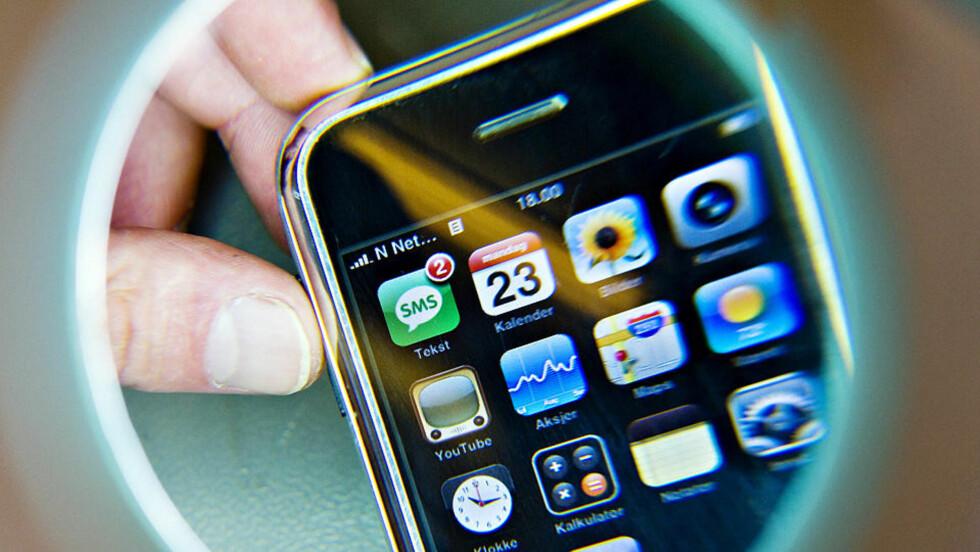 SÅRBAR: Forskere har avslørt en sårbarhet i iPhone. En SMS-er alt som skal til før telefonen er fullstendig kontrollert av hackere. Foto: Sigrurd Fandango /Dagbladet.
