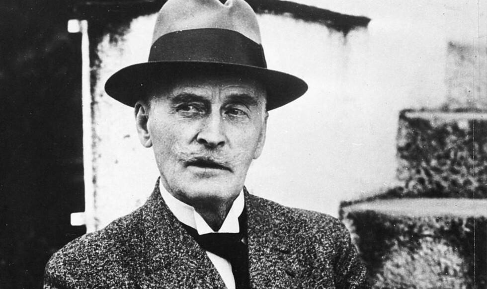 SELGER BRA:  150 år etter at han ble født, er det en enorm etterspørsel etter Knut Hamsuns bøker.  Arkivfoto SCANPIX