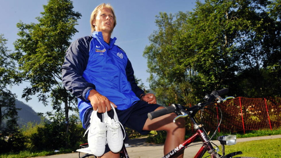 HADDE SPILLERSTØTTE: Jørn Andersen hevder at han hadde støtte i Mainz' spillergruppe, og beskriver sparkingen som å få en knyttneve i ansiktet. Foto: Erik Berglund / DAGBLADET.