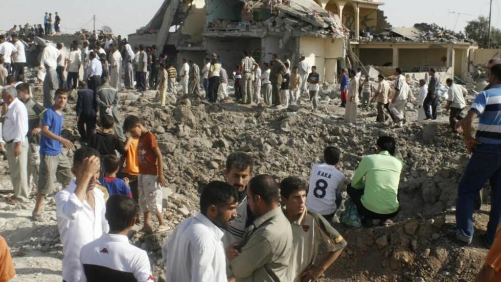 FRYKTER OPPBLUSSING: En bølge blodige bombeangrep i Irak mandag, der minst 45 sivile mistet livet, skaper frykt for at volden mellom ulike religiøse og politiske grupper skal blusse opp igjen for fullt. Foto: Scanpix