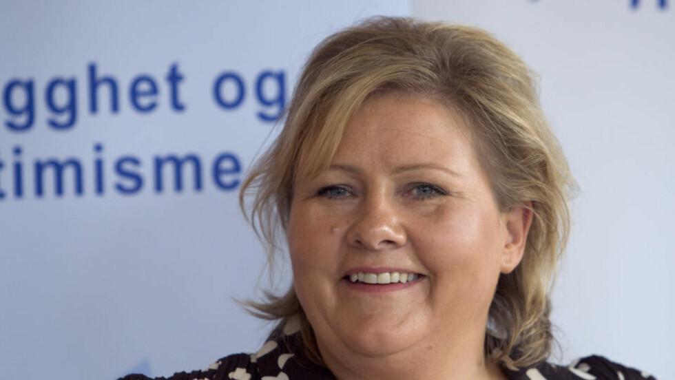 LÆRERNE VIKTIGST: Høyre-leder Erna Solberg mener etterutdanning av lærerne er det viktigste for å bedre skolen og elevenes læring.  Foto:  Cornelius Poppe / SCANPIX