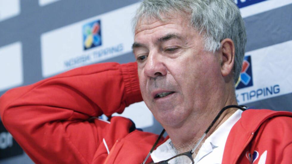 FIRE PROSENT: Statistikerne i Norsk Regnesentral mener det er fire prosent sjanse for at Drillo og hans menn når VM-sluttspillet. - Det er jo atskillig større sjanse enn å vinne i Lotto, sier Drillo. Foto: Morten Holm, Scanpix