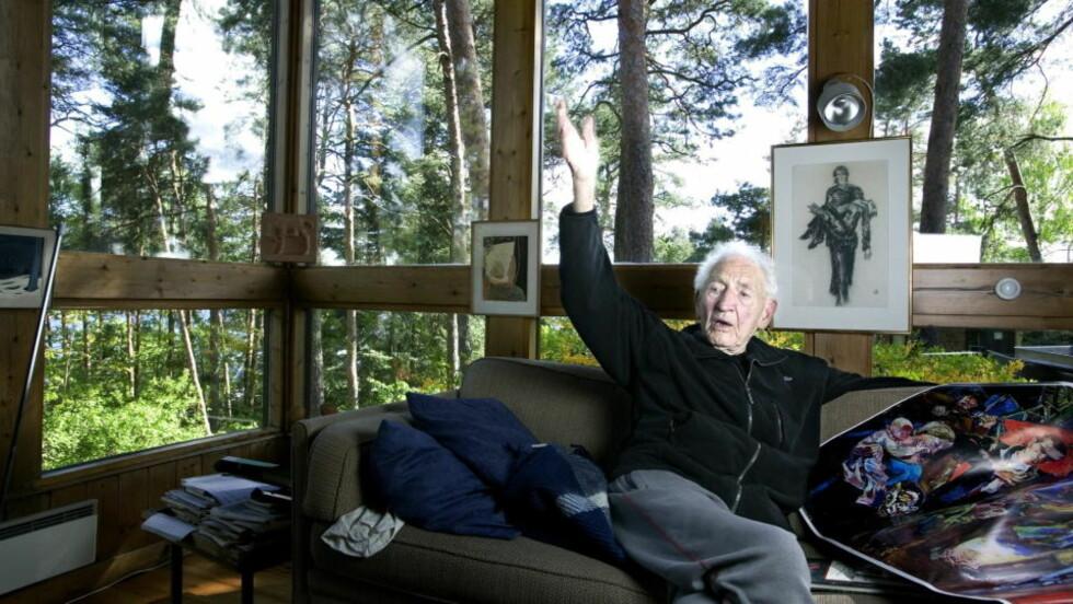 DØDSBO: Som del av haakon Lies dødsbo er huset hans på Ulvøya nå ute for salg. Foto: Henning Lillegård