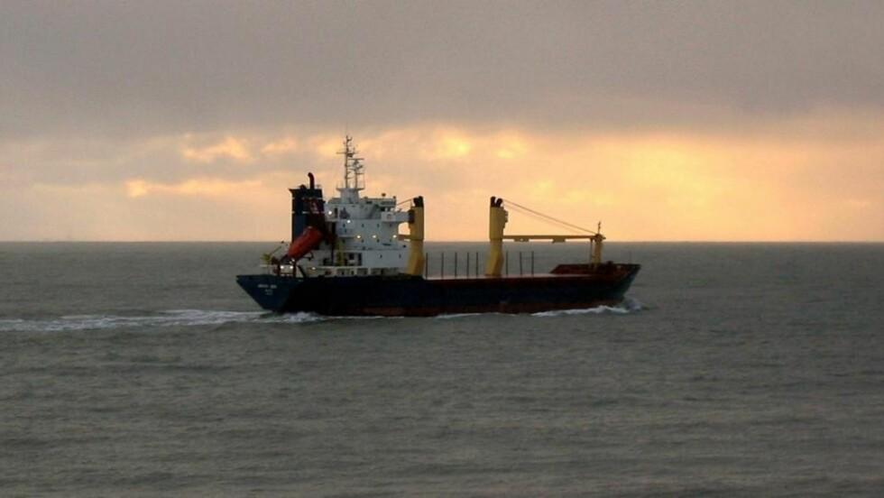 ARCTIC SEA: Skipet har 15 russiske besetningsmedlemmer og ble mest trolig kapret utenfor svenskekysten. Arctic Sea har vært savnet i tre uker og 20 land med Russland i spissen jakter nå skipet.   REUTERS/SOVFRACHT