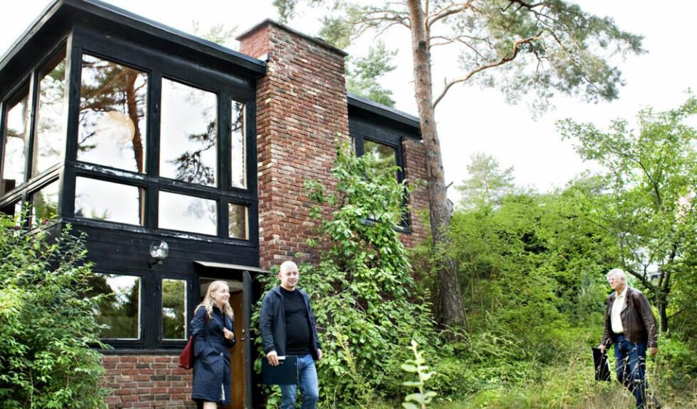 ETTERTRAKTET: Haakon Lies hus på Ulvøya dro mange interessenter på visning. Foto: NINA HANSEN/DAGBLADET
