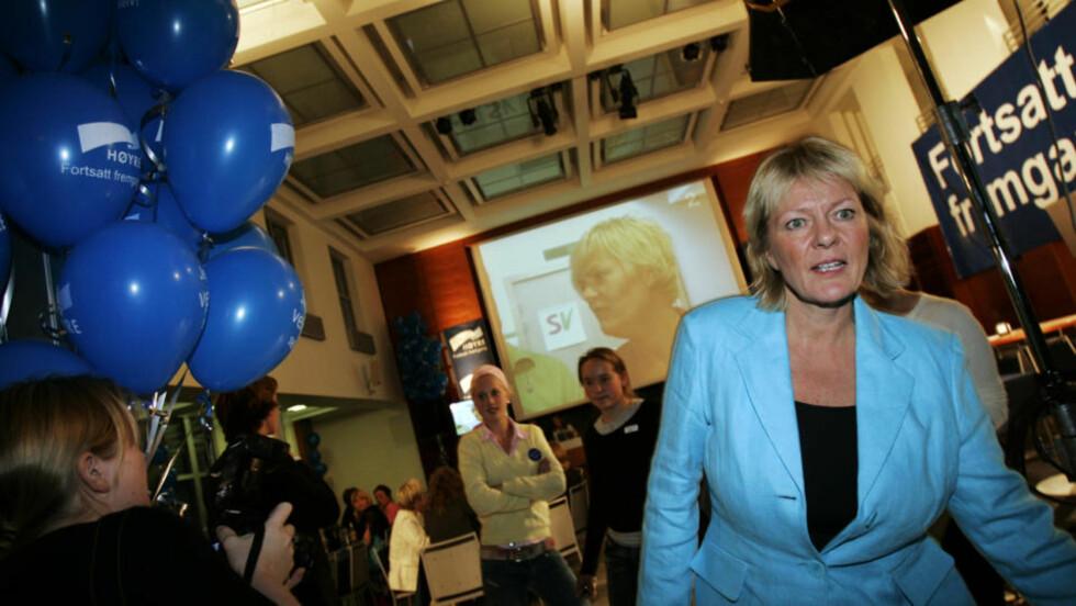 KRITISKTidligere Høyre-statsråd Kristin Clemet mener nordmenn må ta seg sammen, og jobbe hardere. Her fra Høyres valgvake i 2005, da de rødgrønne vant makta. FOTO: Scanpix