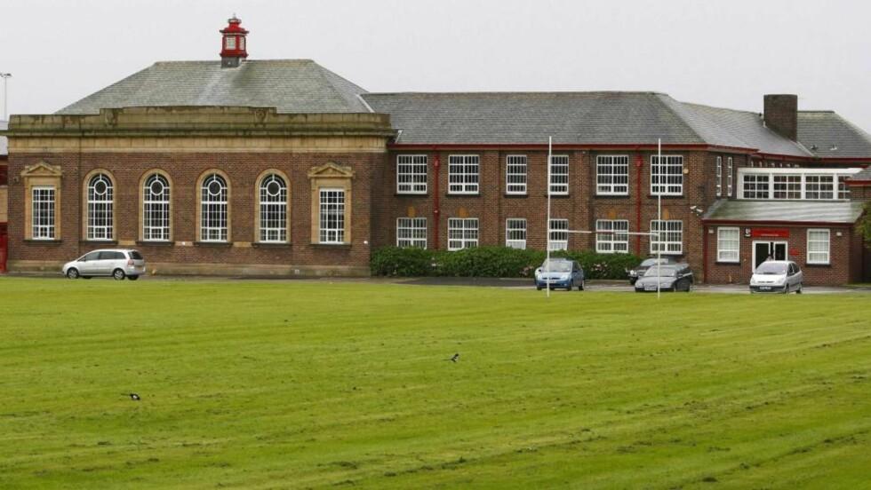 PLANLA SKOLEMASSAKRE: På denne skolen, Audenshaw skole i Manchester, planla to britiske tenåringer å drepe lærere og elever. Foto:  REUTERS/Phil Noble